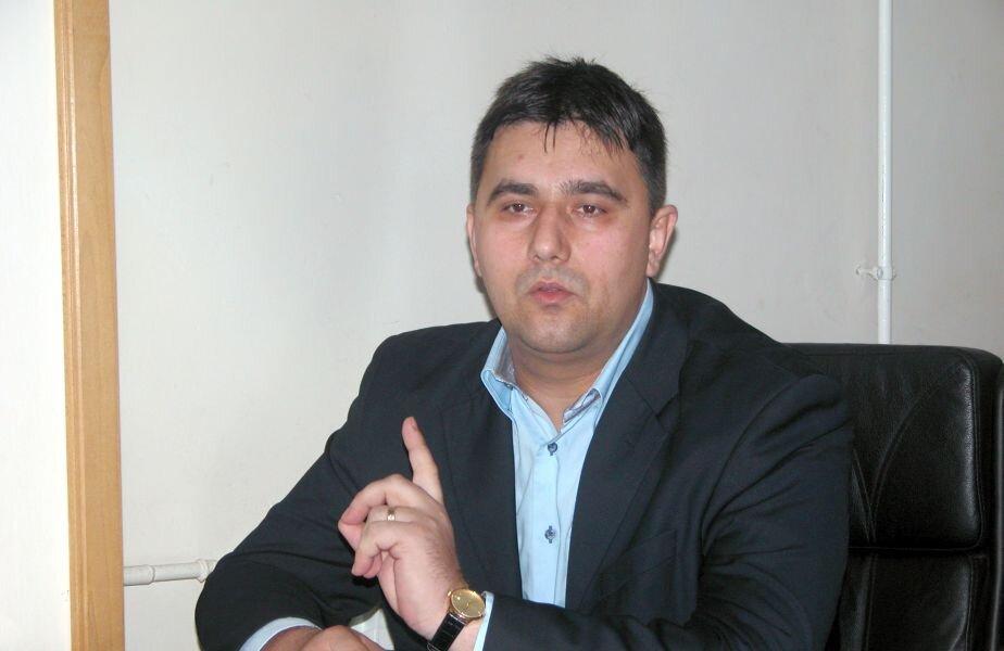 Sub umbrela PDSR/PSD, Cosmin Nicula a fost consilier local la Deva, director la Protecția Copilului, subprefect de Hunedoara, deputat și senator / FOTO: Mediafax