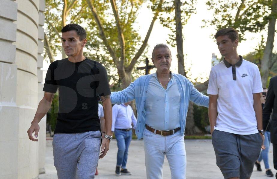 Romario Benzar, Gigi Becali și Dragoș Neldelcu Foto: Alex Nicodim