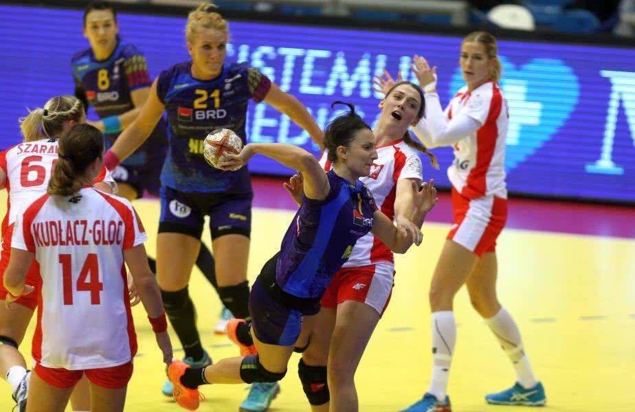 Eliza Buceschi a marcat ieri de două ori în meciul cu Polonia FOTO Marius Ionescu (Craiova)