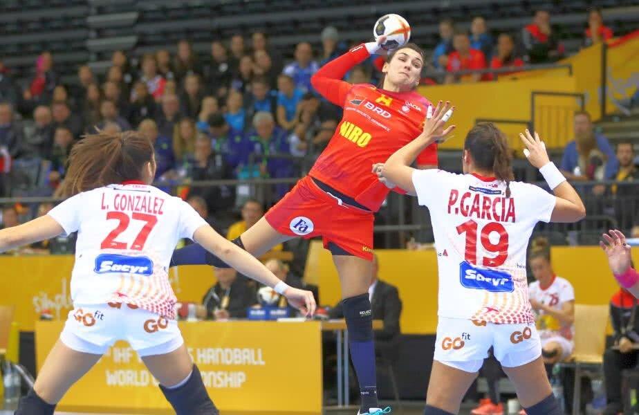 Cristina Neagu a marcat de 8 ori în fața Spaniei // FOTO: Marius Ionescu