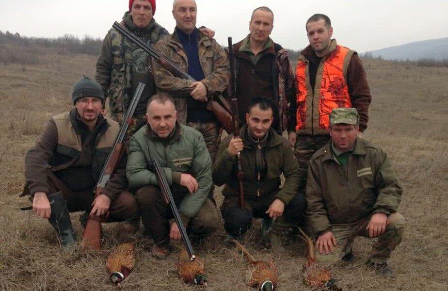 Răchită şi echipa sa de vânătoare