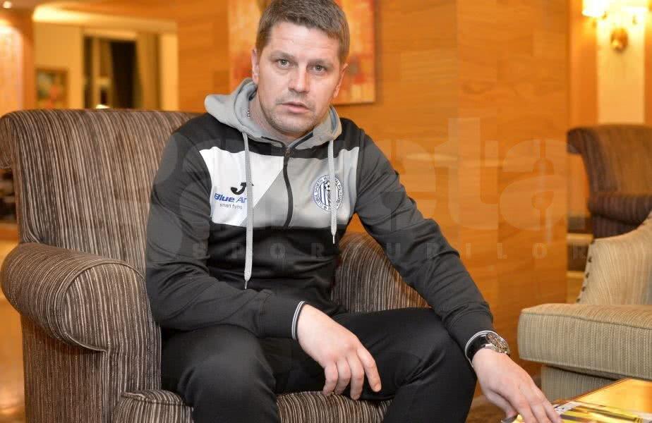 Stoican a preluat Poli Iași din vară, a încropit o echipă din jucători necunoscuți, a învins FCSB și Dinamo, iar acum luptă pentru play-off // FOTO: Raed Krishan