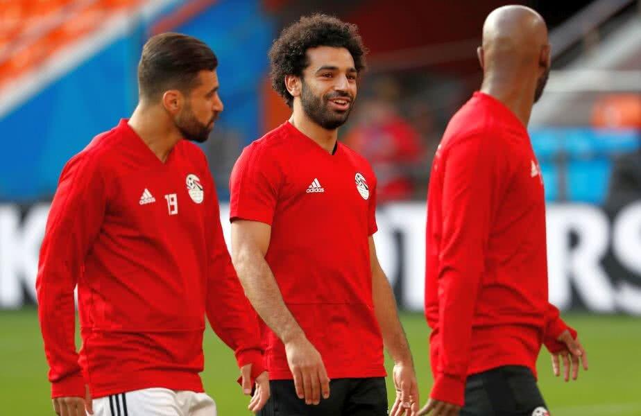 Salah s-a antrenat normal azi alături de coechipierii săi // FOTO: Reuters