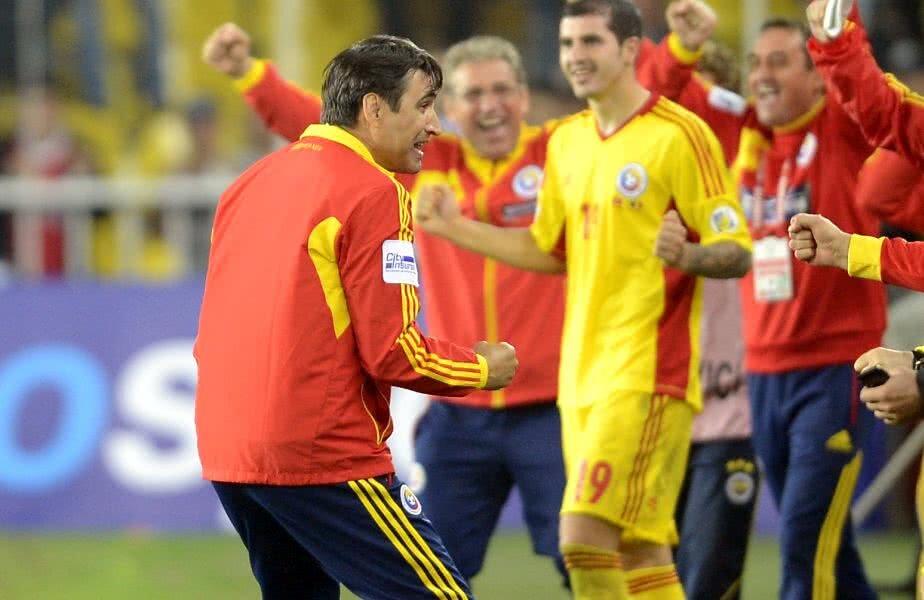 Bucuria lui Pițurcă după victoria cu Turcia // FOTO: Gazeta Sporturilor