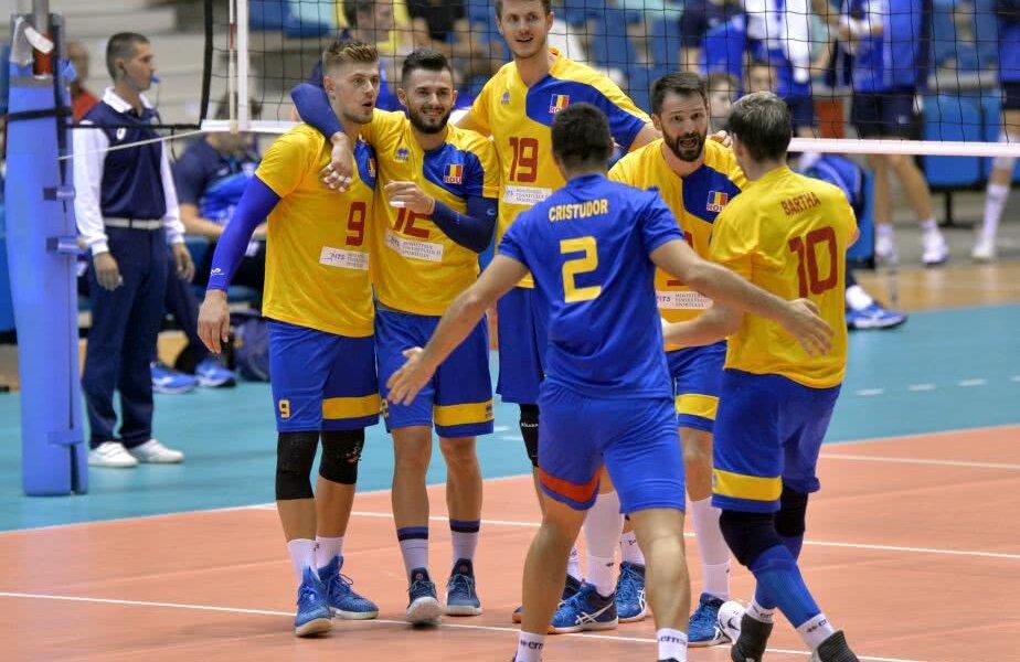 Componenții echipei României se bucură pentru victoria de ieri și pentru calificarea la Europene // FOTO cev.lu
