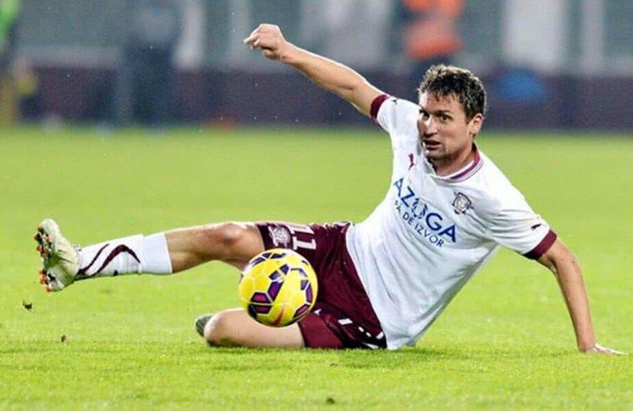 Valentin Negru în tricoul Rapidului, în prezent e antrenor la Progresul 2005