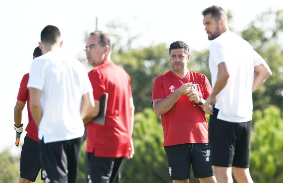 Rui Vitoria, antrenorul celor de la Benfica, își poate vedea munca compromisă FOTO: Guliver/GettyImages