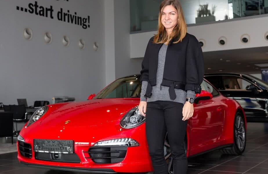În urmă cu 4 ani, Porsche România i-a dăruit Simonei Halep un superb Porsche 911 Carrera 4 coupé