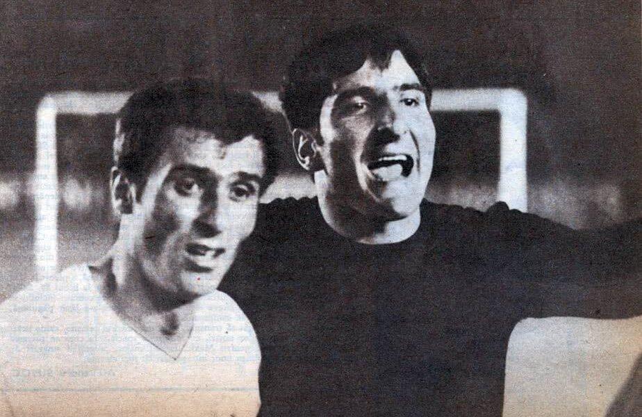 Dan Coe (stânga), aici alături de Rică Răducanu, i-a dat și el bătăi de cap lui Vogl