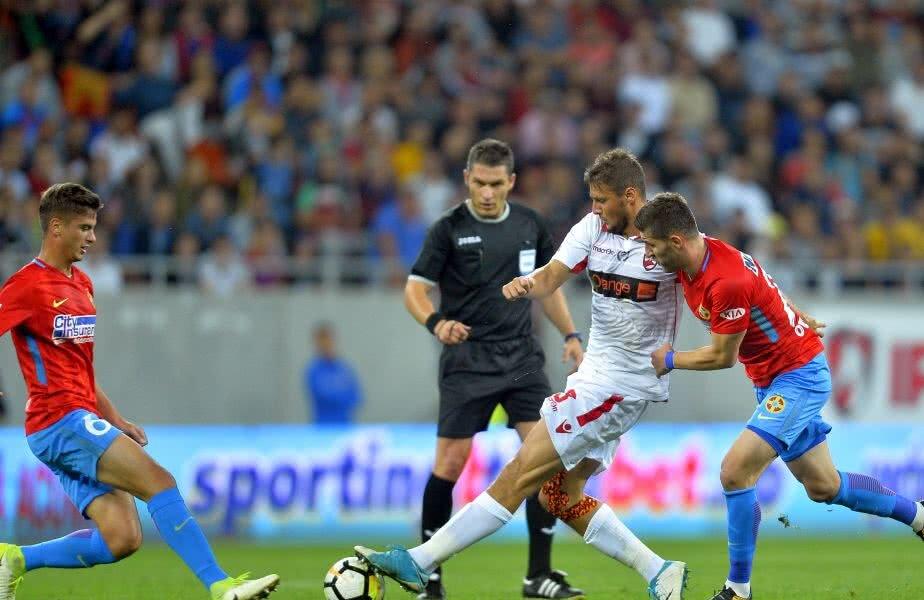 Șapte meciuri a arbitrat Kovacs în actualul campionat de Liga 1, fiind