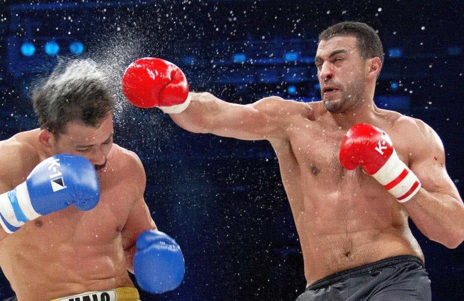 Badr Hari reușește o lovitură devastatoare