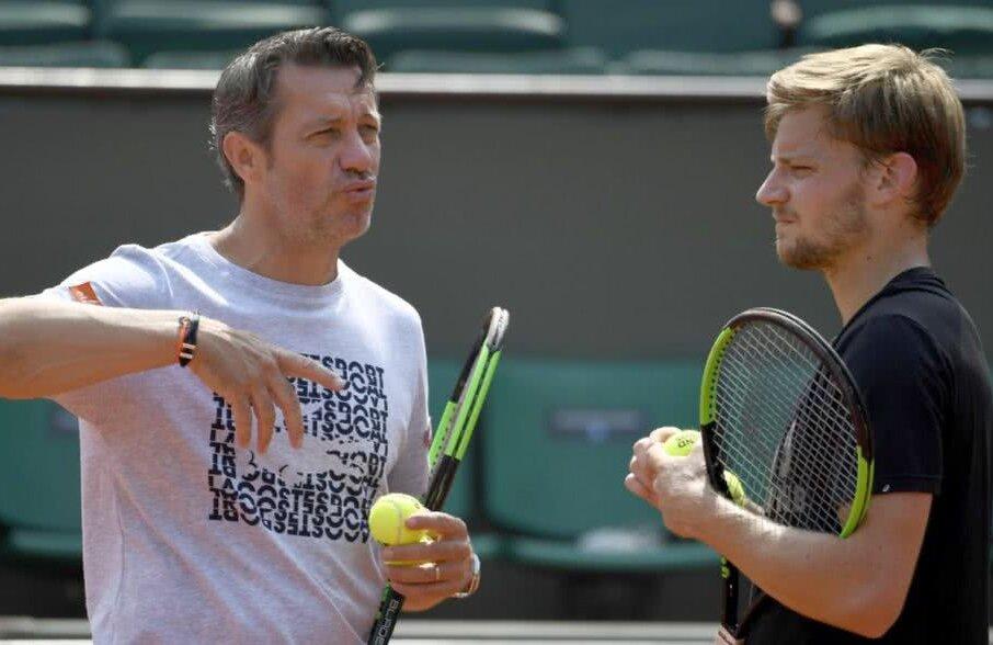 Thierry van Cleemput, stânga, sfătuindu-l pe David Goffin