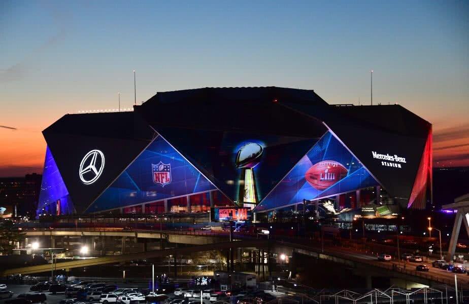 Aici se joacă Super Bowl LIII! Incredibila arenă Mercedes-Benz din Atlanta, Georgia, va găzdui confruntarea din dimineața lui 4 februarie dintre Los Angeles Rams și New England Patriots! foto: Reuters