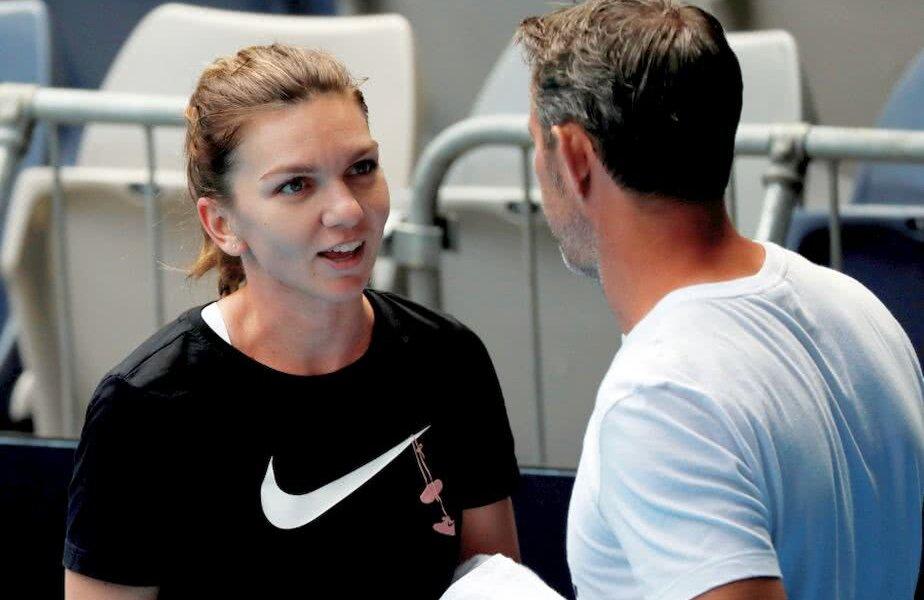 Simona Halep și antrenorul Thierry Van Cleemput pe 10 ianuarie // FOTO:Reuters
