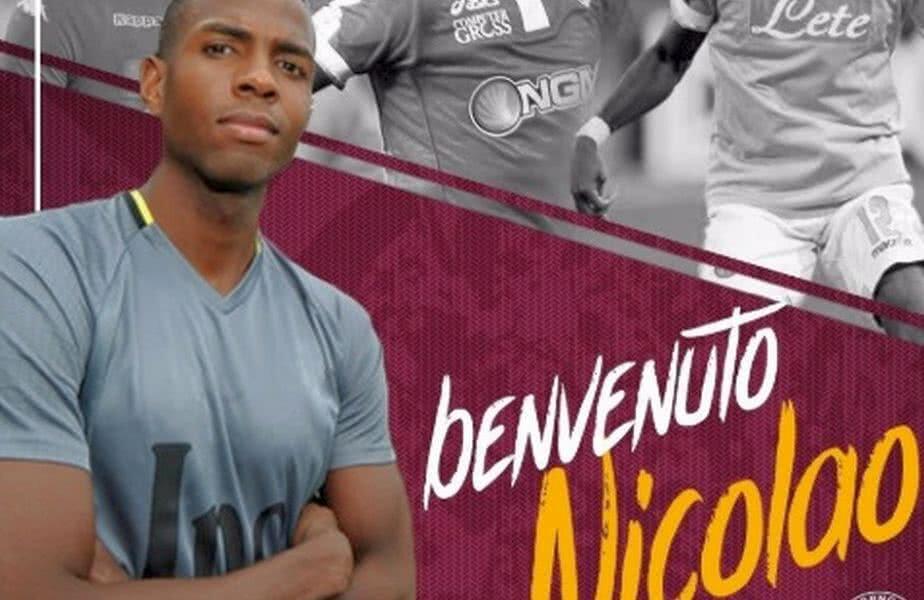 Nicolao Dumitru a semnat cu Livorno // FOTO: Twitter Livorno