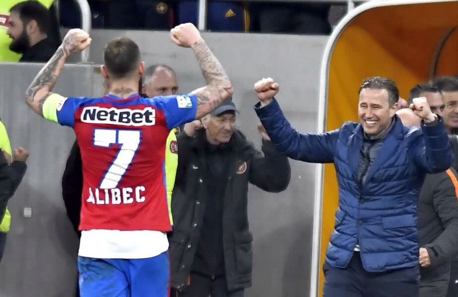 Denis Alibec a pornit bine la FCSB, 8 goluri în 14 meciuri cu Reghe antrenor, apoi forma lui s-a stins după ce a plecat Laur FOTO sportpictures.eu