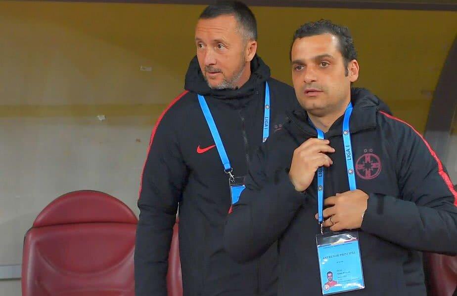 Mihai Stoica și Mihai Teja pe banca FCSB // Foto: Raed Krishan