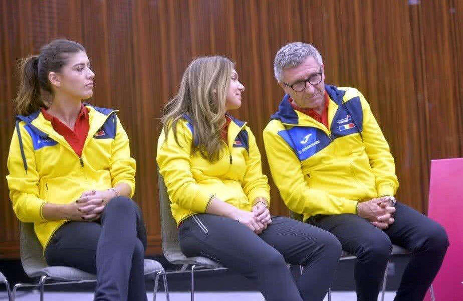 Sorana Cîrstea, în stânga, a anunțat că se retrage din echipa de Fed pe 10 decembrie 2018 // FOTO: GSP