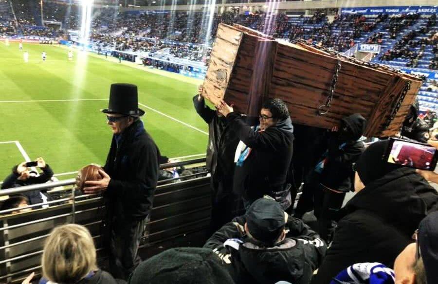 Fanii lui Deportivo Alaves au protestat la ultimul meci, jucat luni seara pe teren propriu cu Levante, 2-0