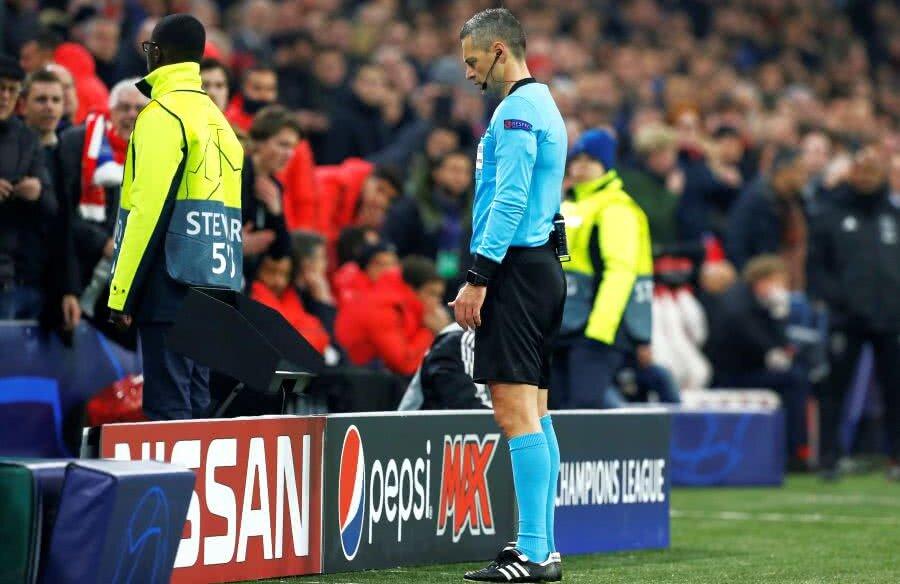 Damir Skomina în Ajax - Real Madrid 1-2 // FOTO: Reuters