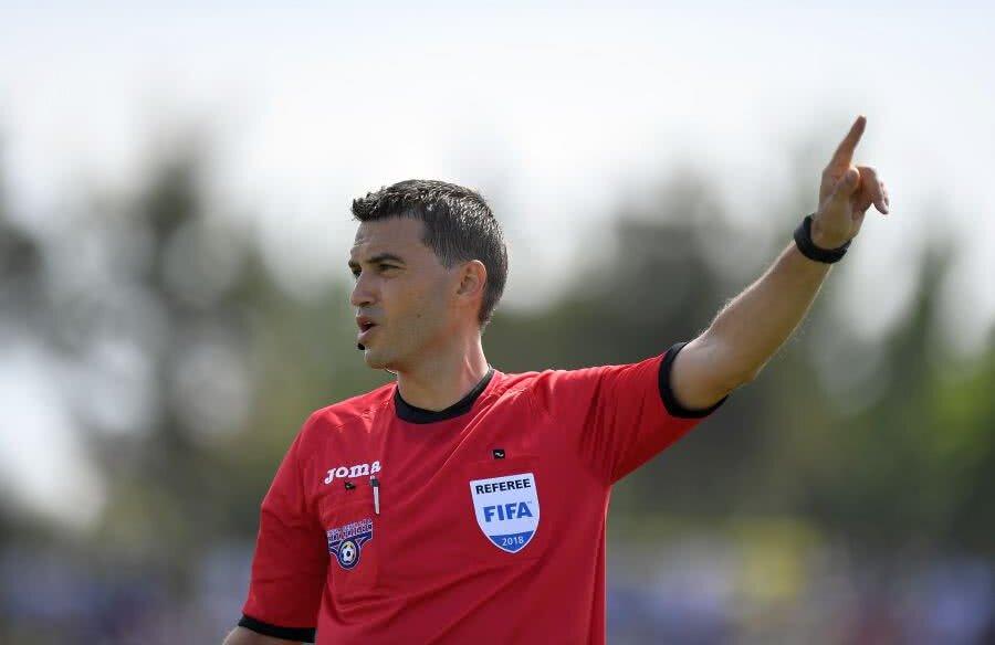 Ovidiu Hațegan a eliminat un jucător în meciul Al-Hazem - Al Ittihad 0-3