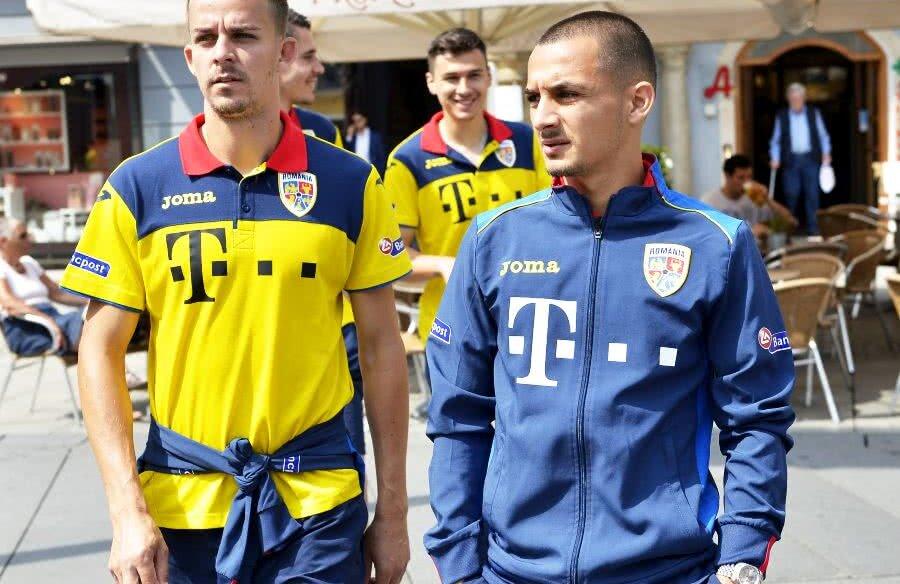 Alexandru Mitriță, în dreapta, nu a fost în lot pentru partida cu Insulele Feroe // FOTO: GSP