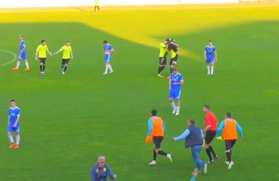 Finalul meciului FC U Craiova - Turris 0-1 a fost umbrit de incidente / Captură
