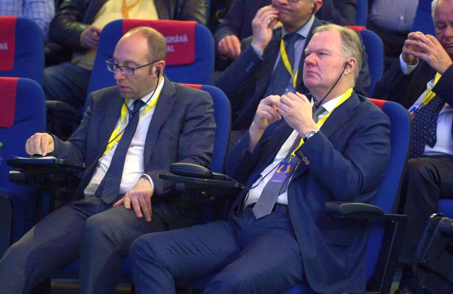 Bjorn Vassallo, director FIFA pentru Europa, și Karl-Erik Nilsson, prim-vicepreședinte UEFA // Foto: Cristi Preda