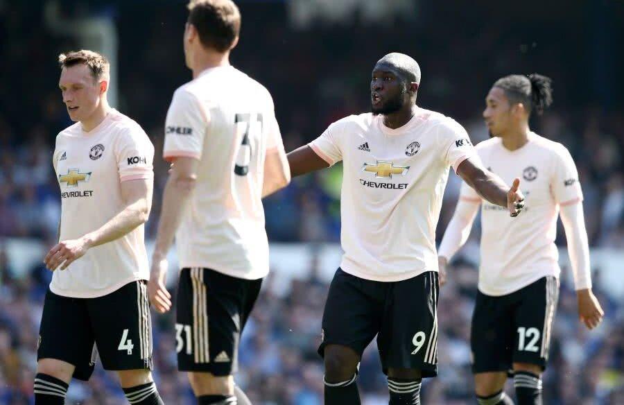 Jucătorii lui Manchester United sunt în derivă // FOTO: Guliver/Getty Images