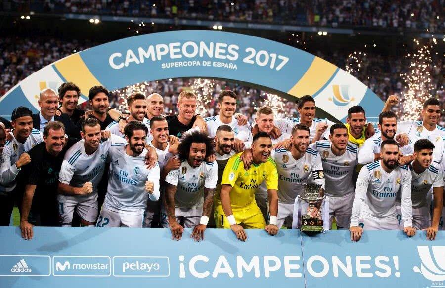 Real Madrid, după triumful cu Barcelona din Supercupa din 2017 // FOTO: Guliver/Getty Images