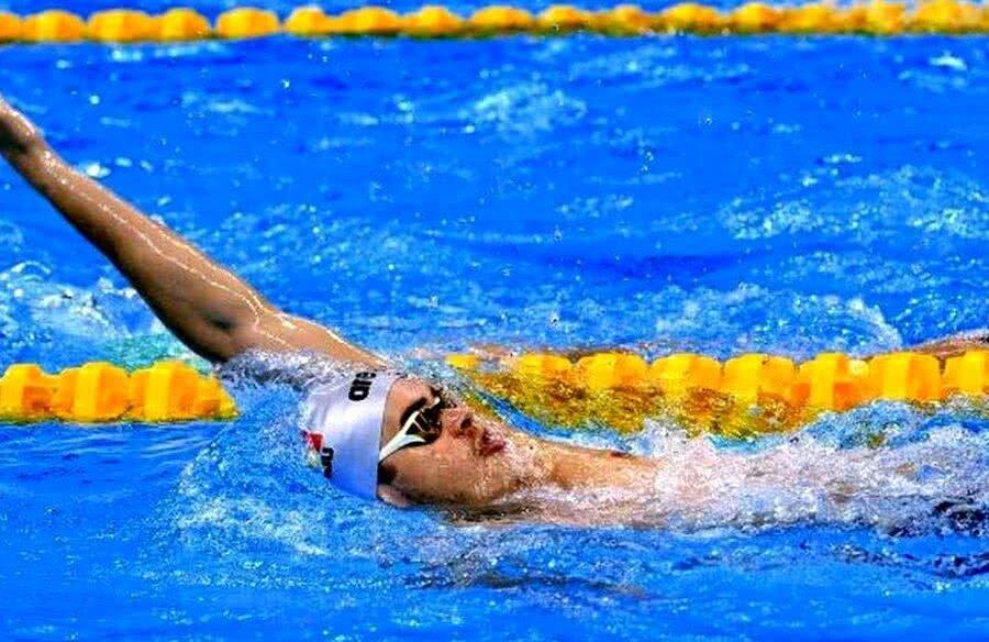 Robert Glință, cel mai valoros înotător român, și-a realizat baremul de calificare în proba sa favorită, 100 metri spate