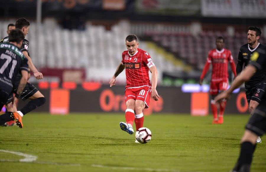 Dan Nistor n-a avut prea multe realizări în partida de la Sibiu, încheiată 0-0