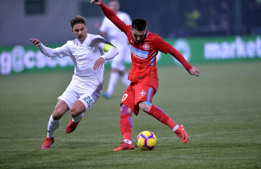 Nicolas Gorobsov în duel cu Florentin Matei