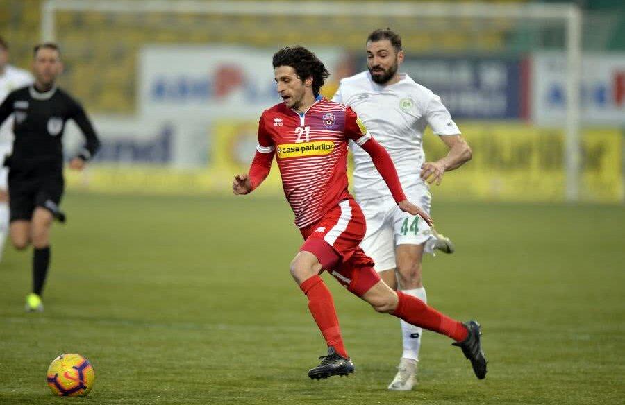 Diego Fabbrini (în roșu) într-un meci contra Concordiei Chiajna