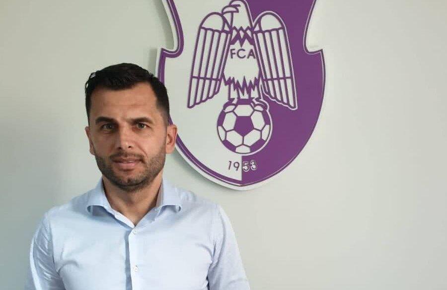 FOTO: Facebook Fotbal Club Argeș Pitești // Nicolae Dică, noul antrenor al FC Argeș