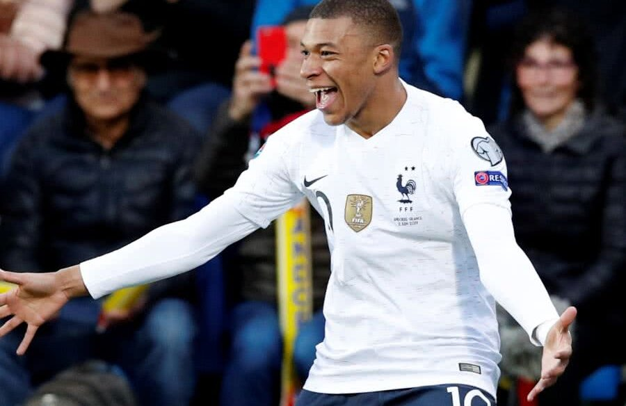 Kylian Mbappe // FOTO: Guliver/GettyImages