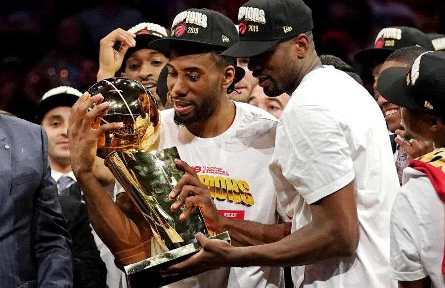 Toronto Raptors e noua campioană în NBA, prima din Canada, după ce a trecut în meciul 6 al finalei de Golden State Warriors, scor 114-110. Foto: Reuters