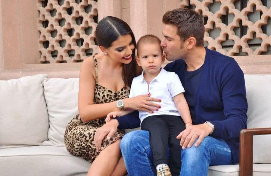Adrian și-a găsit liniștea lângă Sandra, a treia soție, care i-a dăruit deja un fiu, pe Tiago, în vârstă de 2 ani