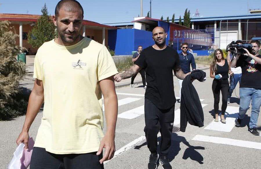 Carlos Aranda, în galben // FOTO: Marca