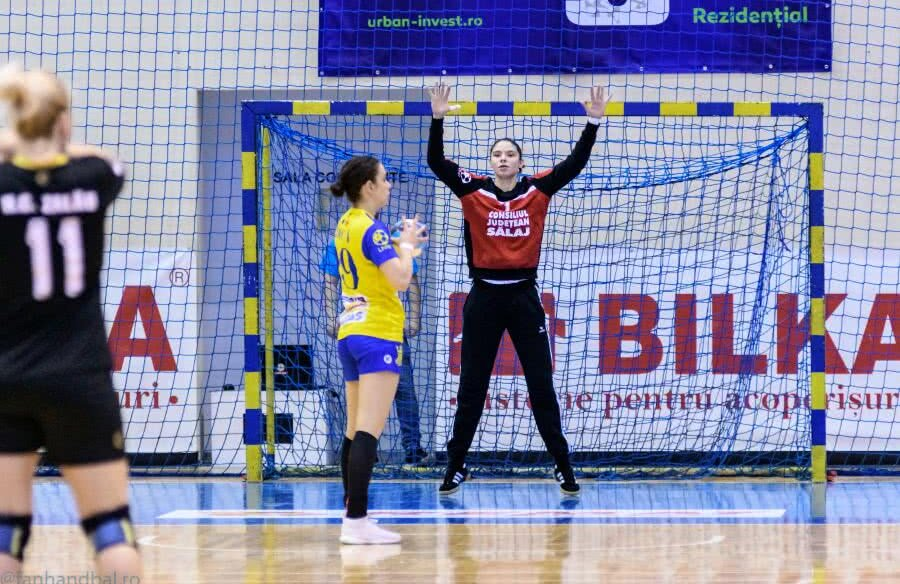 Raluca Ioana Kelemen, desemnată el mai bun portar din Europa, la categoria sub 21 de ani! / Foto: Dan Potor