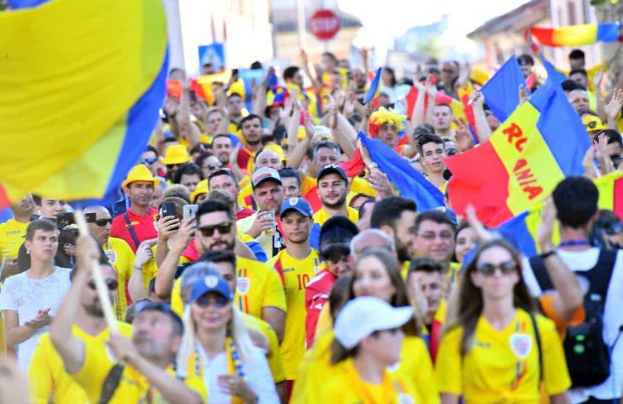 Fani România // FOTO: Raed Krishan
