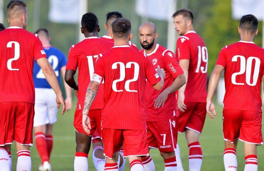 Dinamo a învins-o pe Linfield în primul amical al verii // FOTO: Cristi Preda