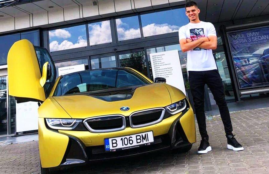 Superbolid pentru Ianis » Hagi Jr. a primit cadou pentru prestația de la EURO 2019 cu România U21 un superb BMWi8 decapotabil care costă aproximativ 150.000 de euro