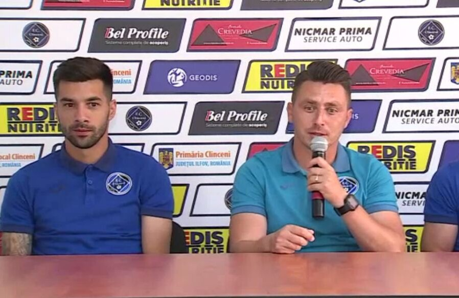 FOTO: Captură Telekom Sport // Paul Pîrvulescu și Ilie Poenaru, la conferința de presă