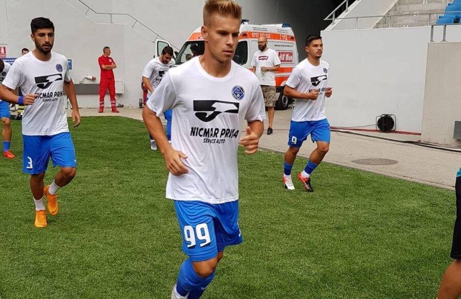 """FOTO: Facebook Academica Clinceni // Bogdan Ilie, la încălzire pe Stadionul """"Ion Oblemenco"""""""