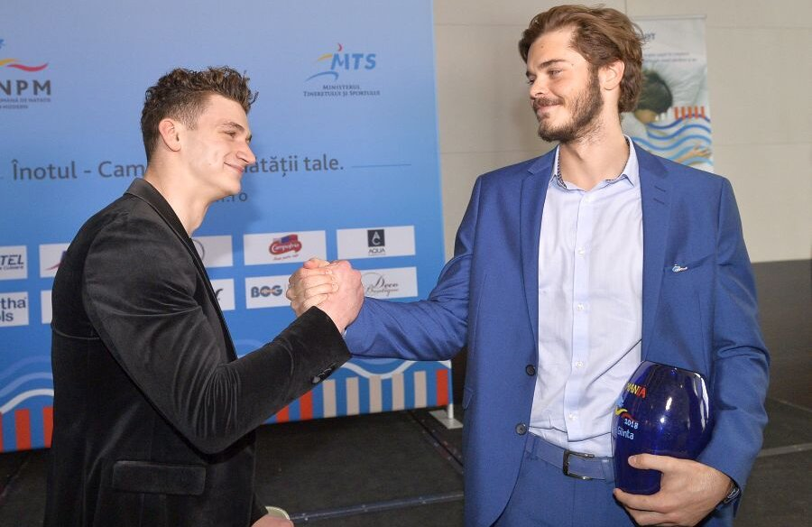 Daniel Martin și Robert Glință (dreapta), cei mai buni înotători ai României