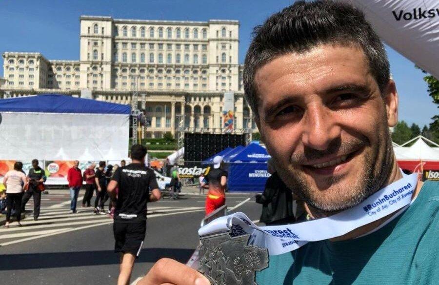 Pentru a se menţine în formă, Nico participă mereu la maratoane