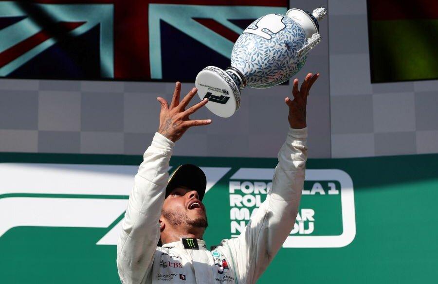 Lewis Hamilton // foto: Reuters