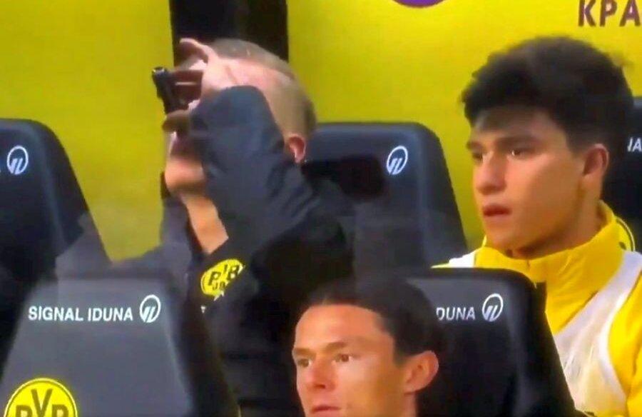 Erling Haaland pe banca lui Borussia Dortmund