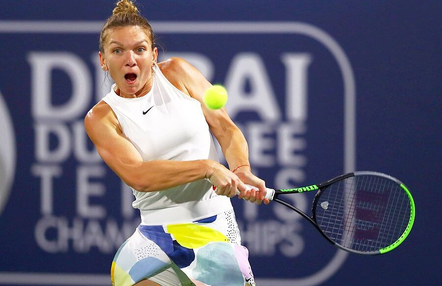 Simona Halep în meciul cu Aryna Sabalenka, de la Dubai, foto: Guliver/gettyimages